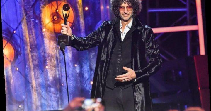 Howard Stern Has Controversial Advice for Ellen Degeneres