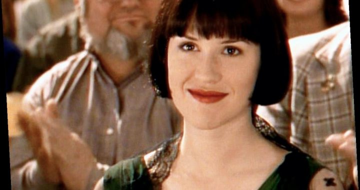 The Tragic Incident That Caused Molly Ringwald To Quit Hollywood