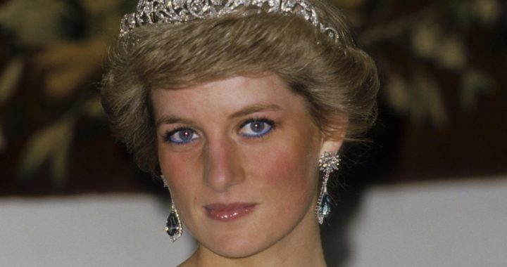 Here's What Happened To The 60 Million Flowers Left To Honor Princess Diana After Her Death