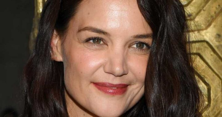 Is Katie Holmes Having Trouble With Her Boyfriend?