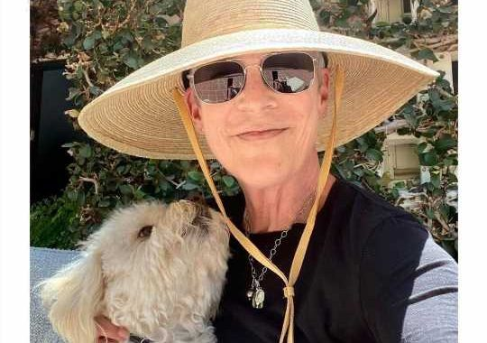 Jamie Lee Curtis reveals that her youngest child is transgender