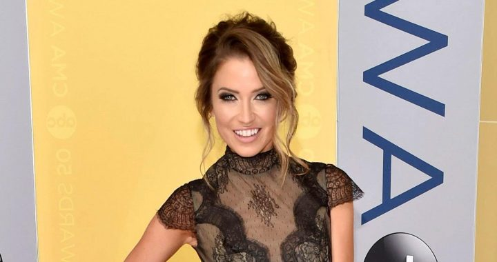 Kaitlyn Bristowe Calls Out Fans Who Claim She Has 'Privileged Problems'