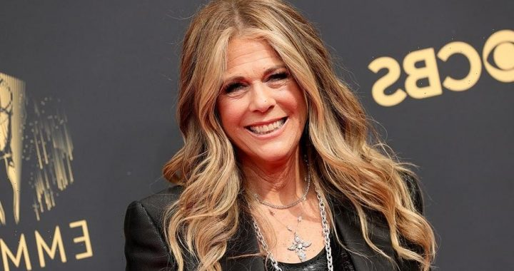 Rita Wilson rapped at the Emmys – and sends social media into a frenzy
