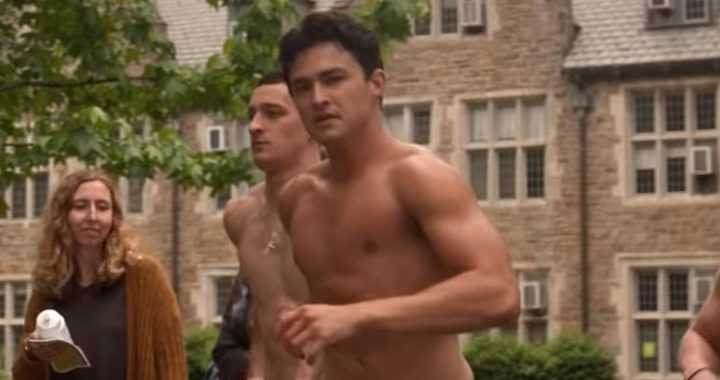 Gavin Leatherwood Goes Shirtless in The Sex Lives of College Girls Trailer  Watch!