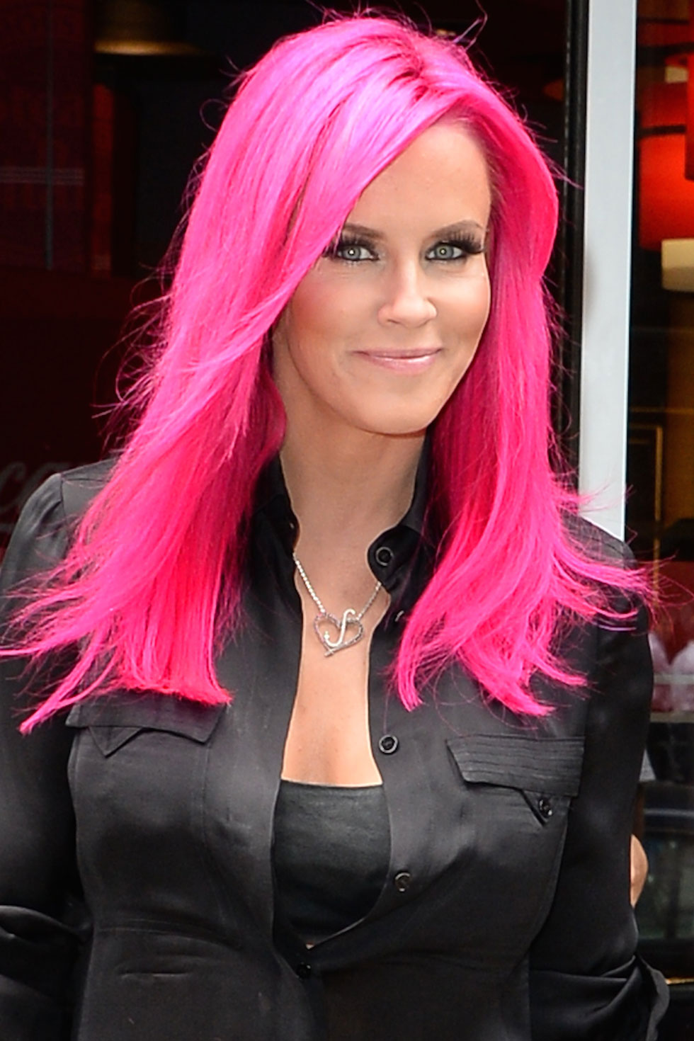 Photo – All the celebrities wholl convince you get pink hair…