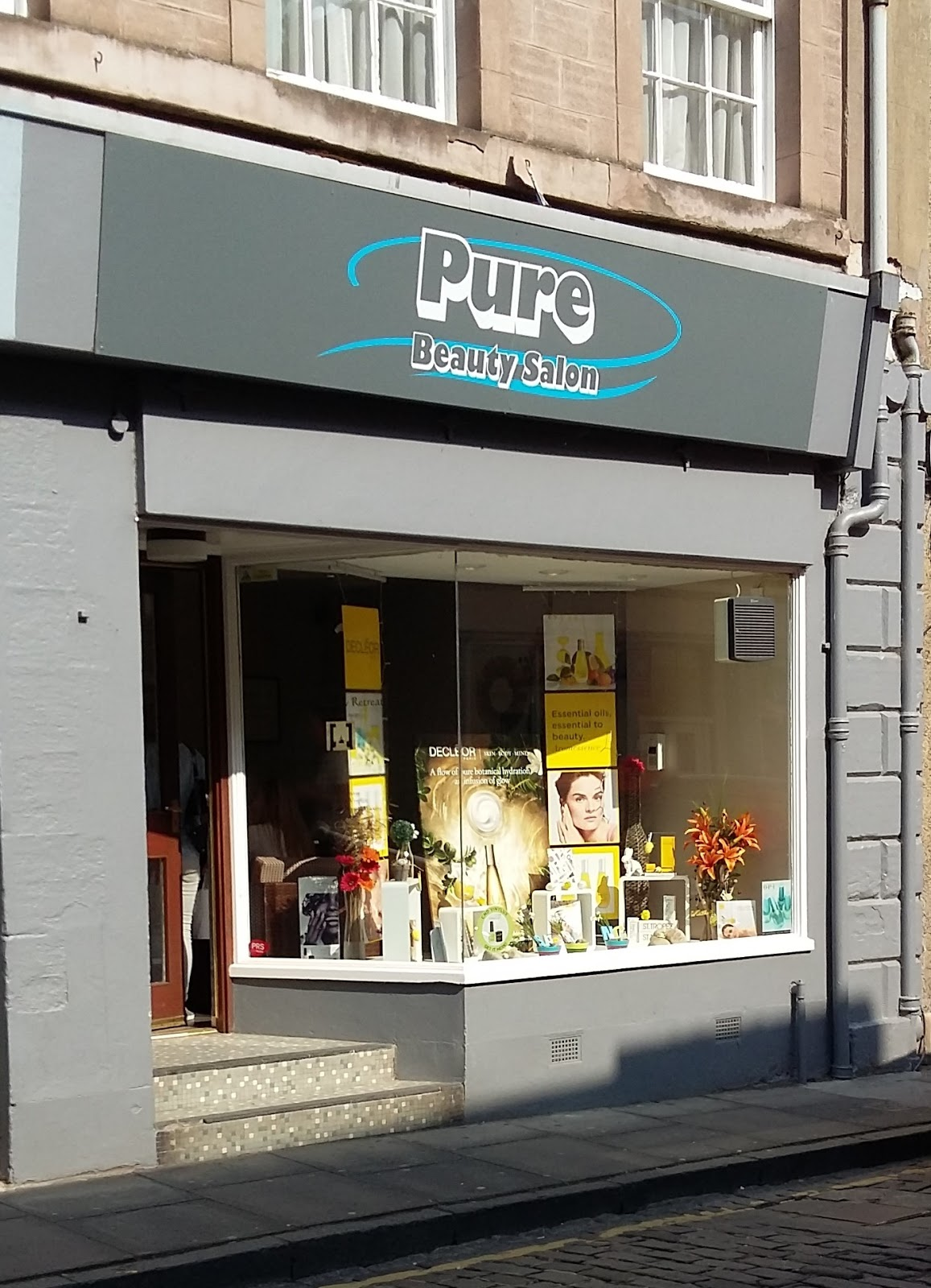 Pure beauty salons